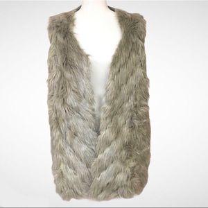 Napa Valley Faux Fur Vest Knit Back Open Front